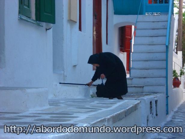 Viúva negra em Mykonos, Grécia