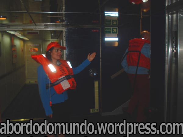 guiando passageiros às estações em uma simulação