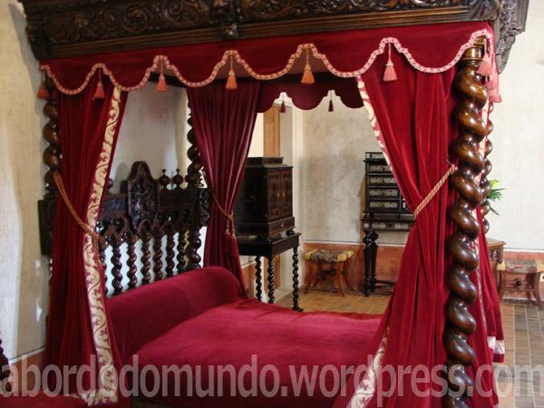 A cama onde supostamente morreu Leonardo Da Vinci, Clos de Luces.