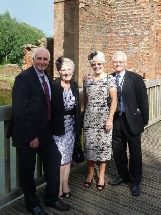 Toni e LInda (sogros) e Sue e Mick (amigos): organizadores do casamento