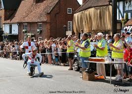wheelbarrow race2