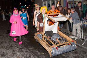 wheelbarrow race4